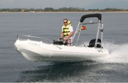 Whaly 435 safety boat